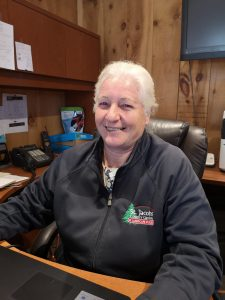 Meet Linda, who runs St Jacobs Country Gardens